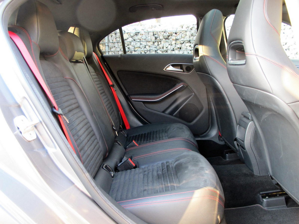 mercedes grise 2 vente de voitures import es d 39 allemagne vente de voitures import es d 39 allemagne. Black Bedroom Furniture Sets. Home Design Ideas